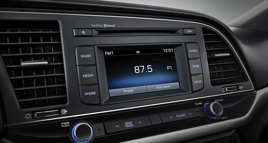 Center-fascia area with radio turned on screen