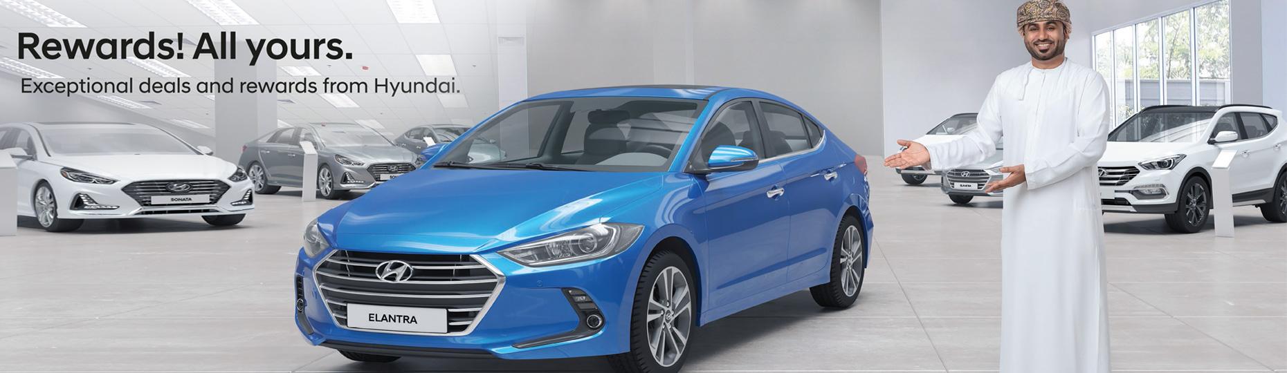 Hyundai's designer is polishing 1:4 scale 3d clay model of a Hyundai car